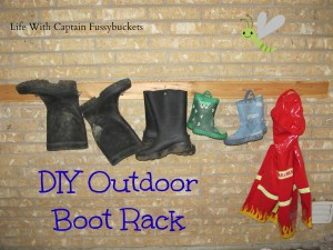 DIY Outdoor Boot Rack