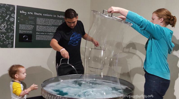 sci-tech-discovery-center-bubbles