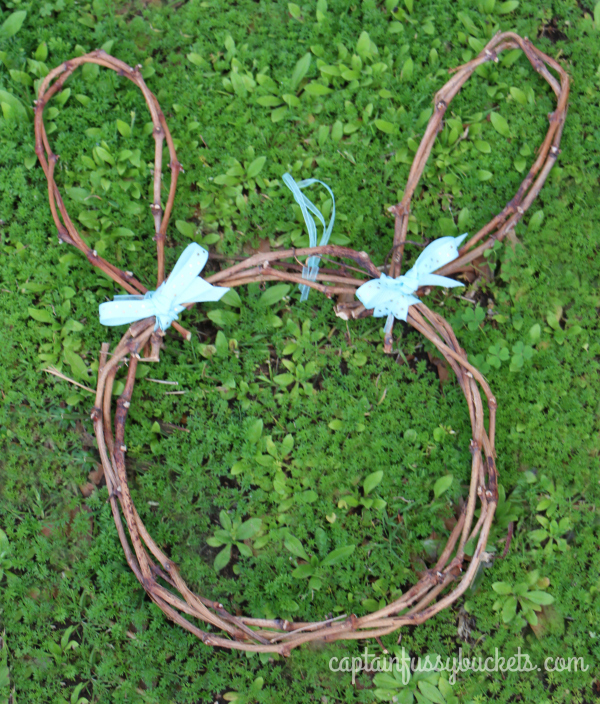 Easter Bunny Wreath DIY