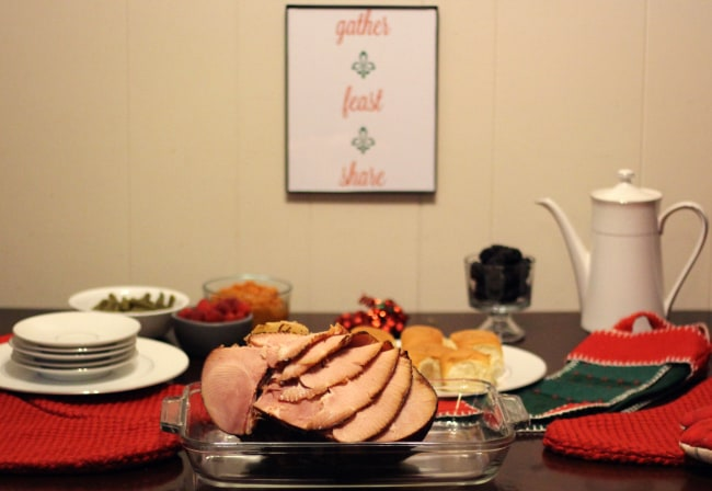 Serve The Perfect Holiday Meal With Help From HoneyBaked Ham