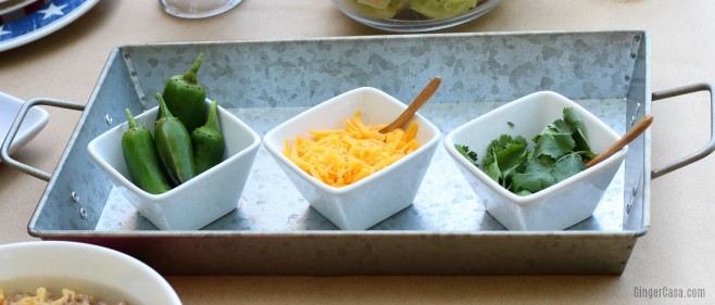 Create a texas sized meal with queso con carne texas pasta for Texas ranch piani casa con portici