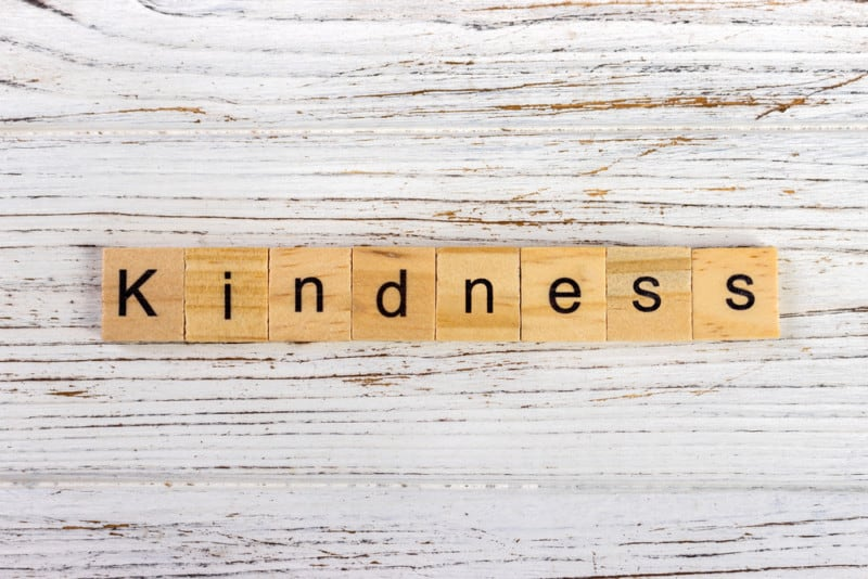 25 acts of kindness
