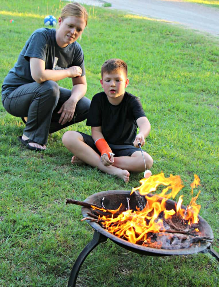 A Backyard Camping Trip: The Best Way to Introduce Kids to ...