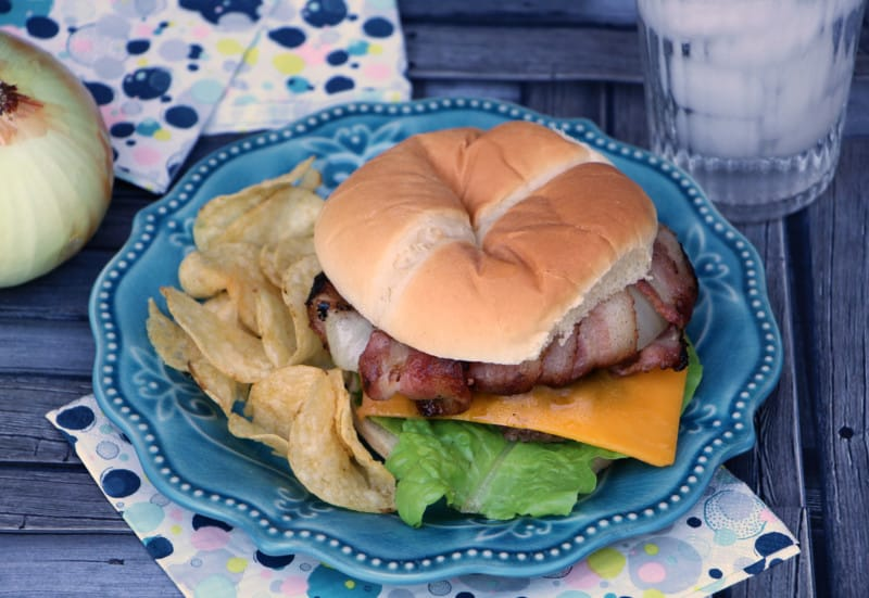 vidalia onion bacon cheeseburger