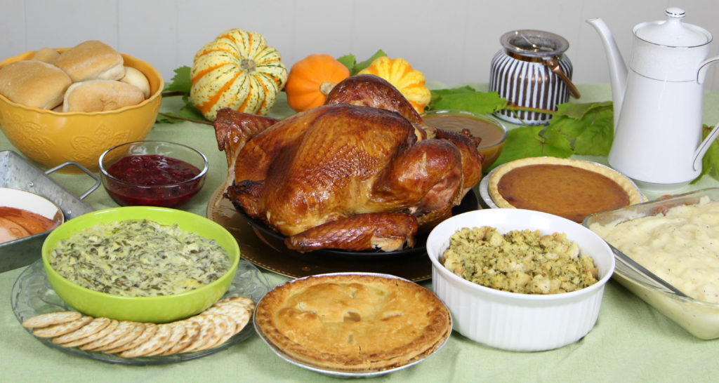 Look Like a Pro Chef on Thanksgiving with Boston Market Complete Thanksgiving Meals