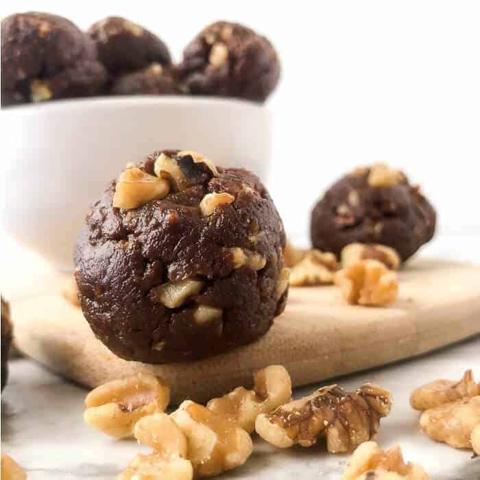 Chocolate Walnut Protein Bites ~ On My Kids Plate