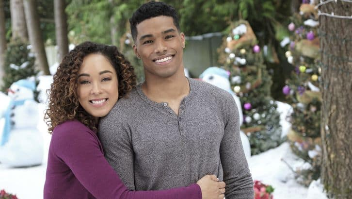 "Hallmark Channel's Premiere of ""A Christmas Duet"" on Monday, Nov. 25th at 8pm/7c! #CountdowntoChristmas"
