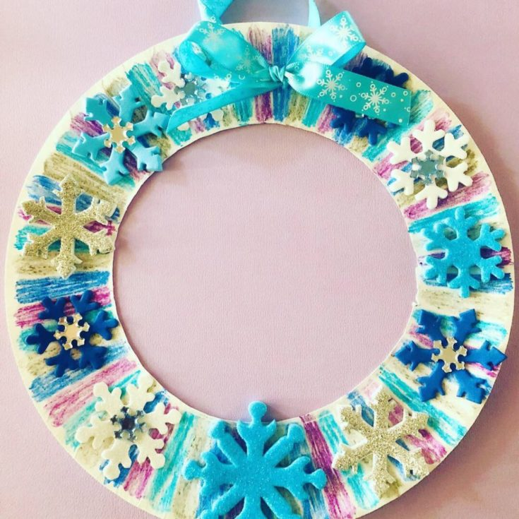 Winter Paper Plate Wreath – Easy Craft for Kids