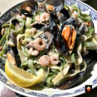 Creamy Garlic Seafood Pasta with a delicious creamy white wine sauce