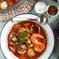 Easy Seafood Cioppino Recipe