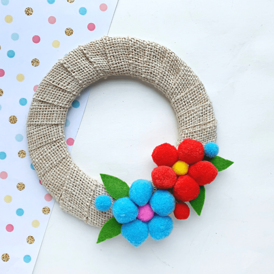 pom pom flower weath diy craft
