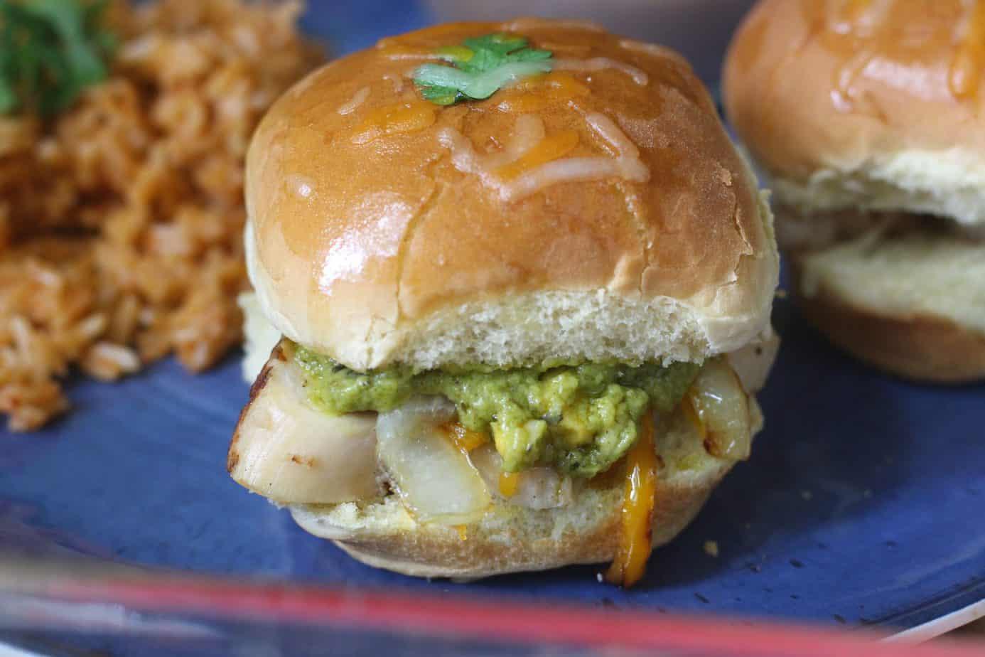 Chicken Fajita Sliders – Easy 15 Minute Meal!