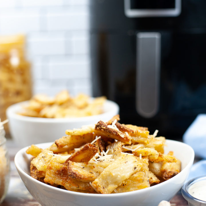 Air Fryer Pasta Chips - Delicious Appetizer Recipe!