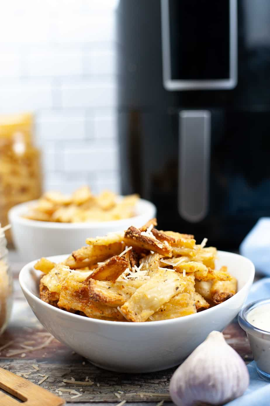 Air Fryer Pasta Chips – Delicious Appetizer Recipe!