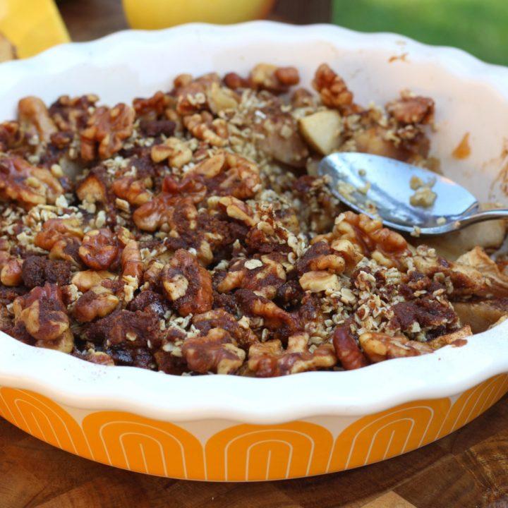 Apple Cinnamon Oatmeal Crumble {Gluten Free}