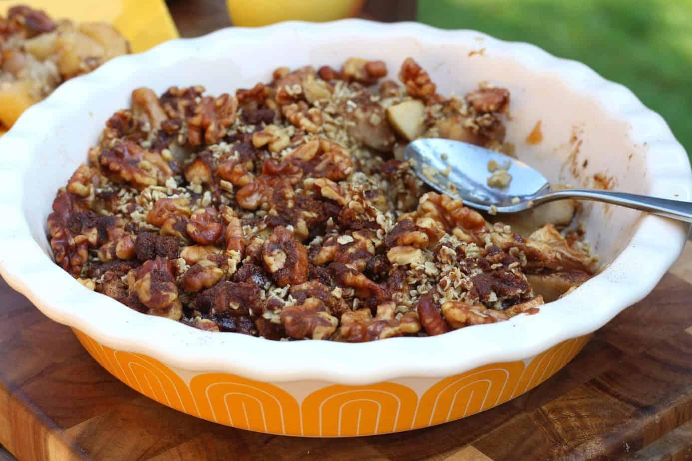 Apple Cinnamon Oatmeal Crumble [Gluten Free]